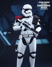 Hot Toys STAR WARS THE FORCE AWAKENS FIRST ORDER STORMTROOPER OFFICER