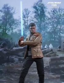 Hot Toys STAR WARS: THE FORCE AWAKENS FINN 1/6TH Scale Figure