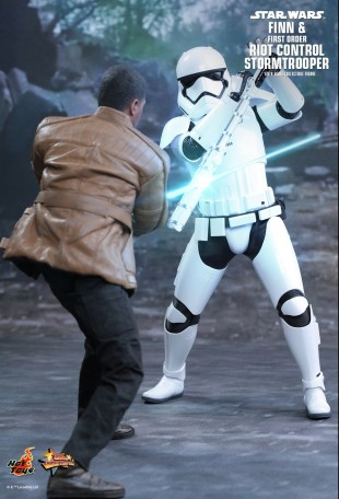 Hot Toys STAR WARS THE FORCE AWAKENS FINN AND STORMTROOPER   Mohock New Zealand & Hot Toys STAR WARS: THE FORCE AWAKENS FINN AND STORMTROOPER   Mohock ...