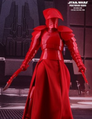 Hot Toys STAR WARS: THE LAST JEDI PRAETORIAN GUARD WITH DOUBLE BLADE