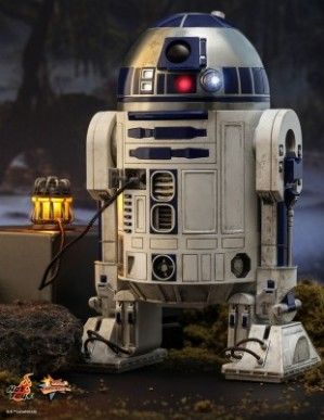 Hot Toys STAR WARS R2-D2 DELUXE VERSION