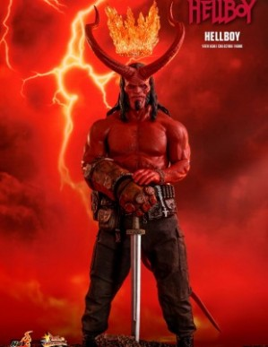 Hot Toys HELLBOY 1/6TH Scale Figure